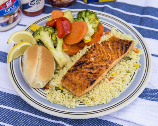 Camerons Seafood Rockville MD Broiled Salmon Platter 550x440 - Cameron's Seafood, Rockville MD