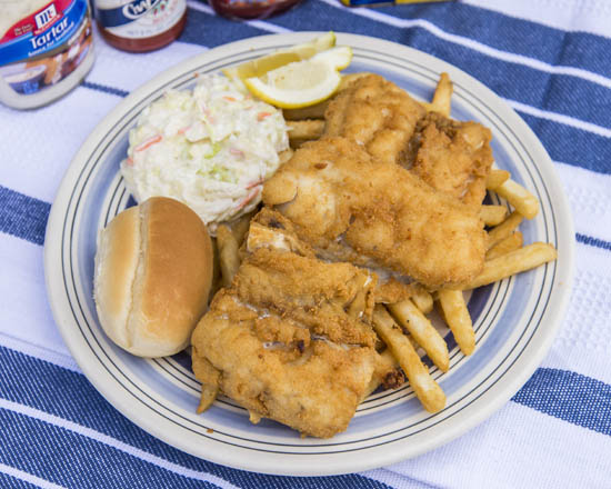 Camerons Seafood Rockville MD White Fish Platter 550x440 - Cameron's Seafood, Rockville MD